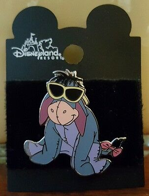 Disney Disneyland Winnie the Pooh Eeyore in Shades Sunglasses Pin & Card HTF