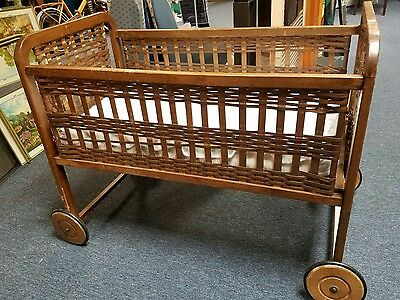 Antique woven Wooden Baby Crib bed bassinet on Wheels RARE Vintage PU only!