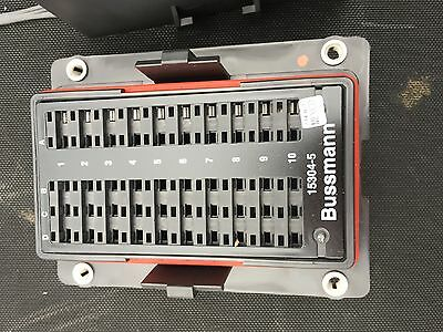 Cooper Bussmann 15304-5  Mini Fuse Panel with Cover Lost of 20  Free shipping