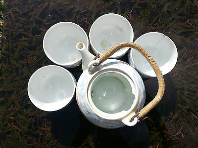 5 Piece Vintage/Antique Blue/White Chinese Hot Tea Set. Nice! Great for display!