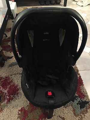 BRITAX B-Safe Black Infant Car Seat With Base