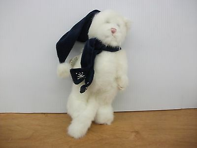 BOYDS BEARS & FRIENDS~Catia Clawford #91712~PURE WHITE CAT~BLUE HAT & SCARF new