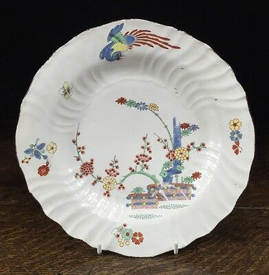 Chantilly kakiemon plate, banded hedge & phoenix, C. 1745
