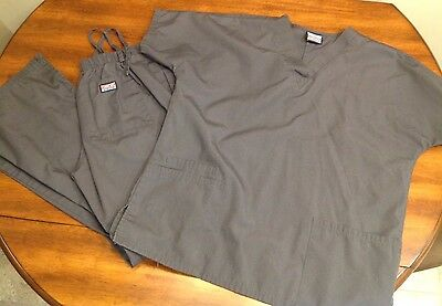 Cherokee Workwear Scrubs Pewter Top & Pant Women's Small