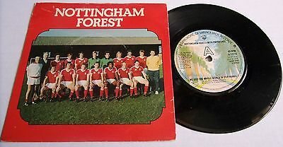 NOTTINGHAM FOREST FC 1978 sing WE'VE GOT THE WHOLE WORLD IN OUR HANDS ON VINYL