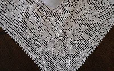 Vintage White Linen Damask Banquet Tablecloth Filet Lace Floral Roses 106""