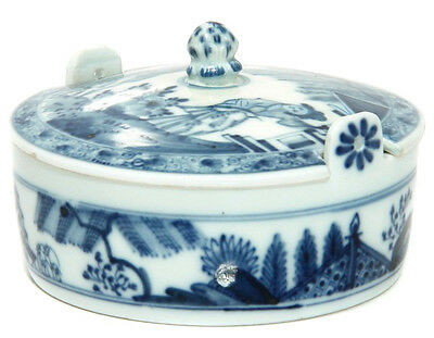 Meissen butter tub with chinoiserie underglaze blue, C. 1740