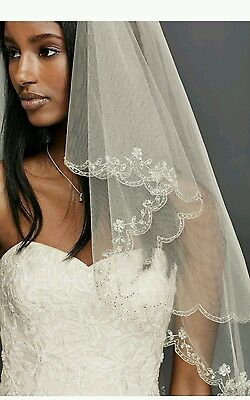 David's Bridal Fingertip 2-Tier Veil w/ Scallop Edge, 689, Ivory ($189)