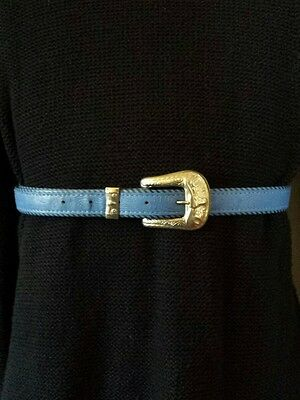 Vintage Ladies Western Floral Tooled Blue Faux Leather & Silver Decorated Belt