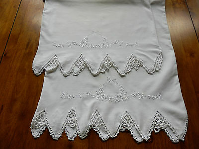 VINTAGE PAIR WHITE PILLOWCASES - HAND EMBROIDERY and CROCHET LACE