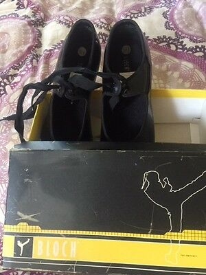 Bloch Tap Dancing Shoes 8.5 Black Patent Techno Tap  Original Box