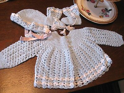 Vintage 4 PIECE HAND KNITTED BLUE WHITE Infant Baby SWEATER BOOTIES BONNET SET