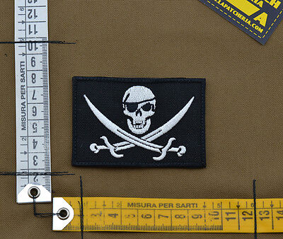 "Ricamata / Embroidered Patch ""Jolly Roger"" with VELCRO® brand hook"