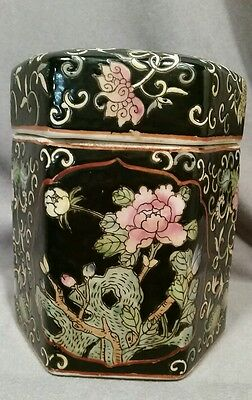 ANTIQUE FAMILLE NOIRE BLACK chinese PORCELAIN RARE HEXAGON JAR TEA LOTUS CRANE