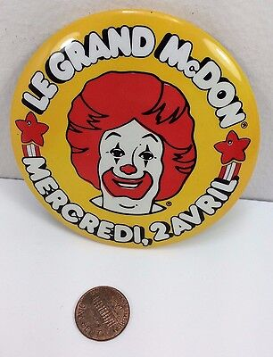 Vintage Mcdonalds McHappy Day 2 April Canadian button pinback badge advertising