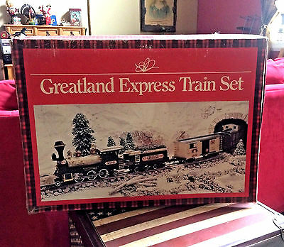 Greatland Holiday Express Train Set used, in original box. Tested. 100% VINTAGE