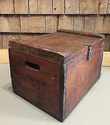 Vintage 1942 HOOD Dairy Milk Wooden Farm Country Store Crate Box Carrier Sign