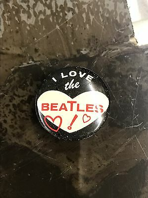 """Vintage Original 1964 THE BEATLES """"I Love The Beatles"""" Pin Button"""