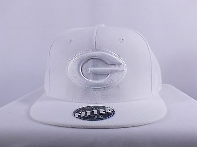 Georgia Bulldogs Ncaa Shape Brim Fitted 7 1/4, 7 3/4 Cap Hat By Zephyr H-128