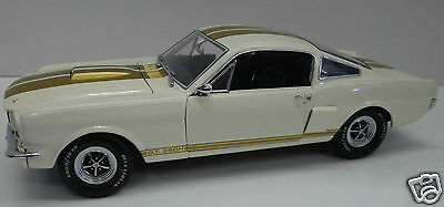 EXACT DETAIL 1:18 1966 Shelby GT 350H- Hertz Rent-A-Racer by LANE