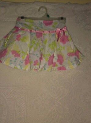 girls skort White with pink and green floral Size S -6X