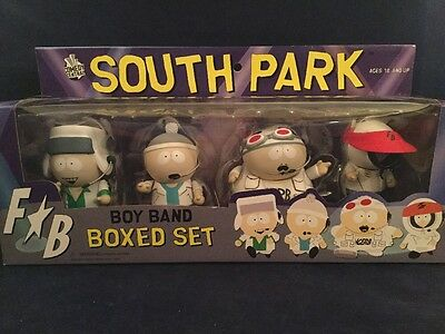 MEZCO - South Park Boy Band - Series 4 Box Set - with Cartman, Stan, Kyle, Kenny