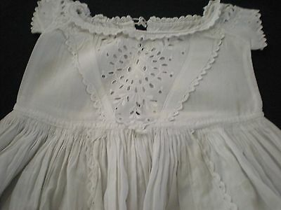Beautiful Antique Vintage Christening Gown - Lovely Detail (1)