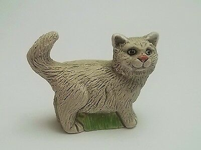 chat miniature en terre cuite ,collection,animal,, cat, kat, poes, gris  tp15-10