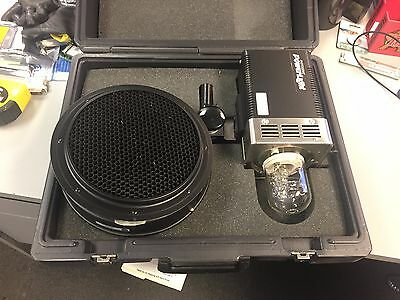 Photogenic PowerLight 600s PL06A Tested Working with Case and Accessories