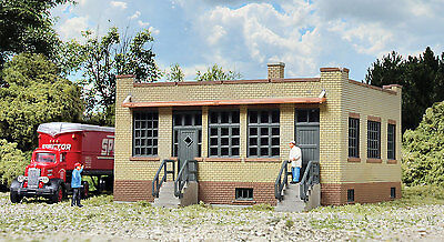 3836 Walthers Cornerstone Industrial Office Kit  N Scale