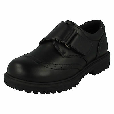 WHOLESALE Boys Shoes / Sizes 12-5 / 14 Paris / N1095