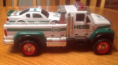 2011 HESS TRUCK AND RACE CAR no box