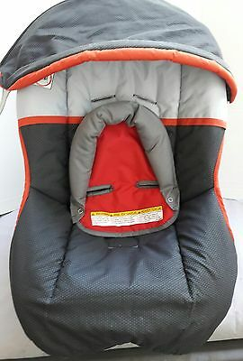 Graco SnugRide Infant Car Seat Cushion Cover+Canopy Gray/Red m