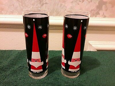 "Set of 2 Dairy Queen Santa Claus Glasses 7"" Tall EUC"