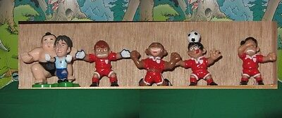 Non Corinthian 061 Set Of 5 Chinese Soccer-Players + Sumo