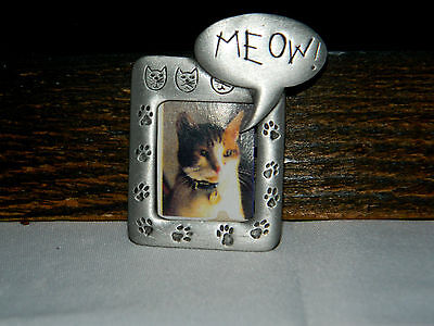 Vintage Kitty CAT Photo Frame Pewter Pin ~ Signed JJ  Jonette Jewelry