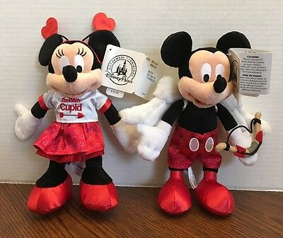 "Authentic US Disney Store Valentine's 2017 Mickey Minnie 9"" Plush Set of 2 NWT!"
