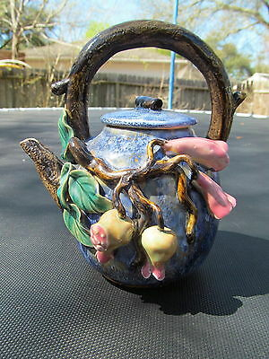 Chinese pottery teapot with NAMAKO STYLE glaze and signed
