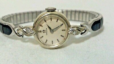 Vintage women's OMEGA 14K Solid White Gold & Diamond Wristwatch Running