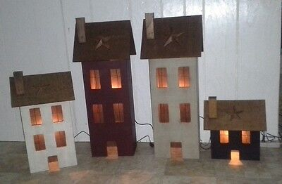 "Saltbox Lighted House ""Medium"" (Amish Crafted- Lancaster, PA)"