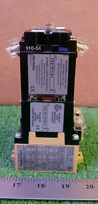1 New Allen-Bradley 700-Pl200A1 Ac Relay With Mechanical Latch Unit