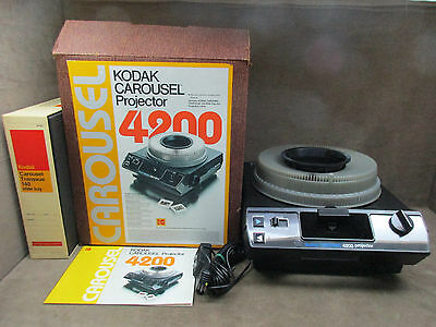 Kodak Carousel Projector 4200 With Remote Box Extra Lens Transvue 140 Slide Tray
