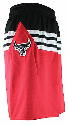 adidas Chicago Bulls NBA Team Herren Basketball Shorts Kurze Hose