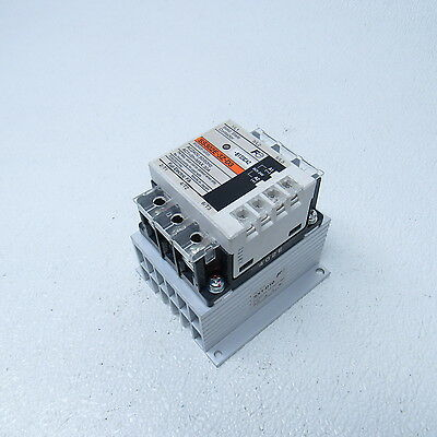 FUJI 5-24 VDC SS302E-3Z-D3 Solid State Relay Contactor