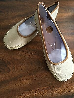 New Aerosoles Womens Shoes; Rock Solid;  Natural Fabric;  8M
