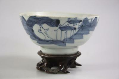 CHINESE ANTIQUE MING DYNASTY BLUE AND WHITE BOWL with stand