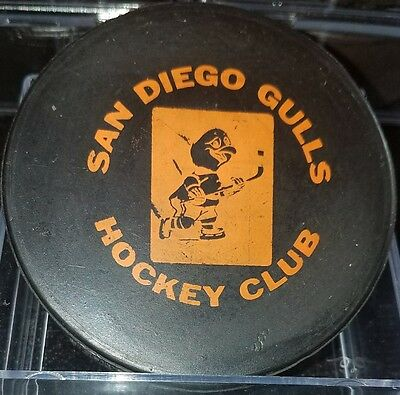 1965 - 1969 SAN DIEGO GULLS CCM3 type HOCKEY PUCK Western Hockey League WHL PCHL