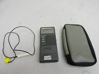 Fluke 51 K/J thermometer w/thermocouple and carrying case