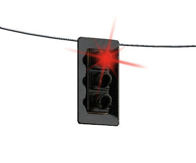 4362 Walthers SceneMaster Functional  Single Sided Hanging Traffic Light w LEDS