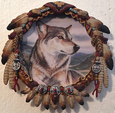 Collectable Wolf Plate - Hamilton Shield Collection - Spring Majesty